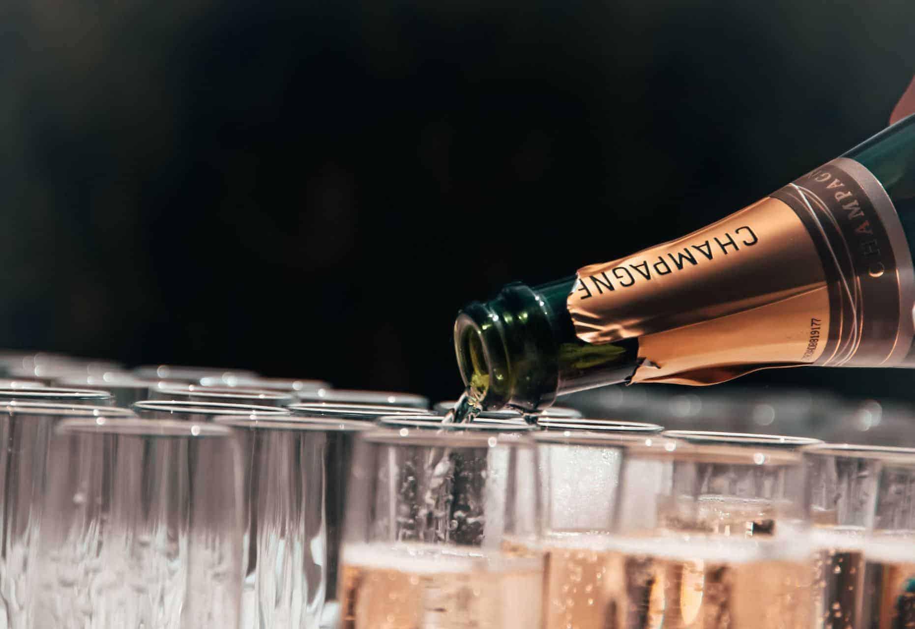Champagne: tudo que você precisa saber e mais um pouco